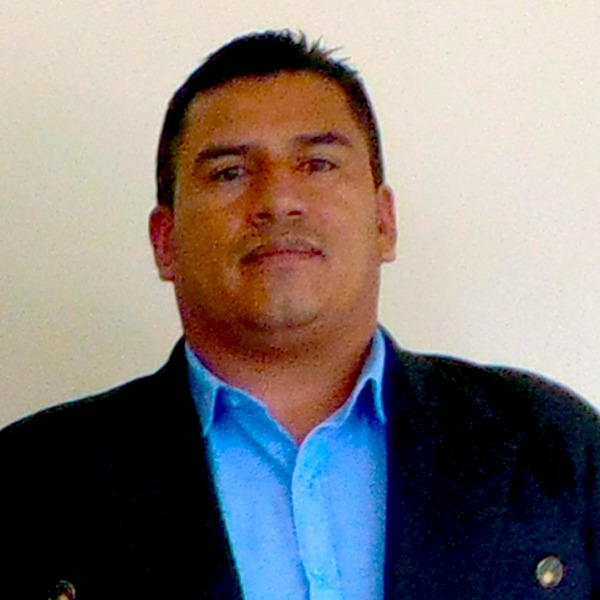 Lcdo. Raul Guacales